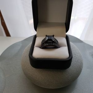 Jewelry - Beautiful Black Sterling Silver Wedding Set